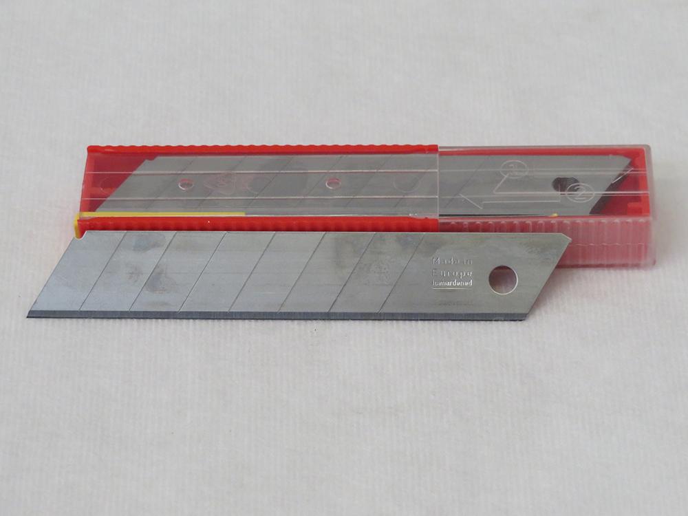 Ersatzklingen 18mm für Cutter Messer Profi Qualität Sicherheitsbox 10Stück